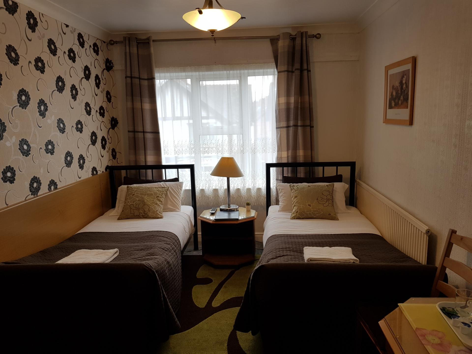 Twin En-suite 107 Room (inc. Breakfast)