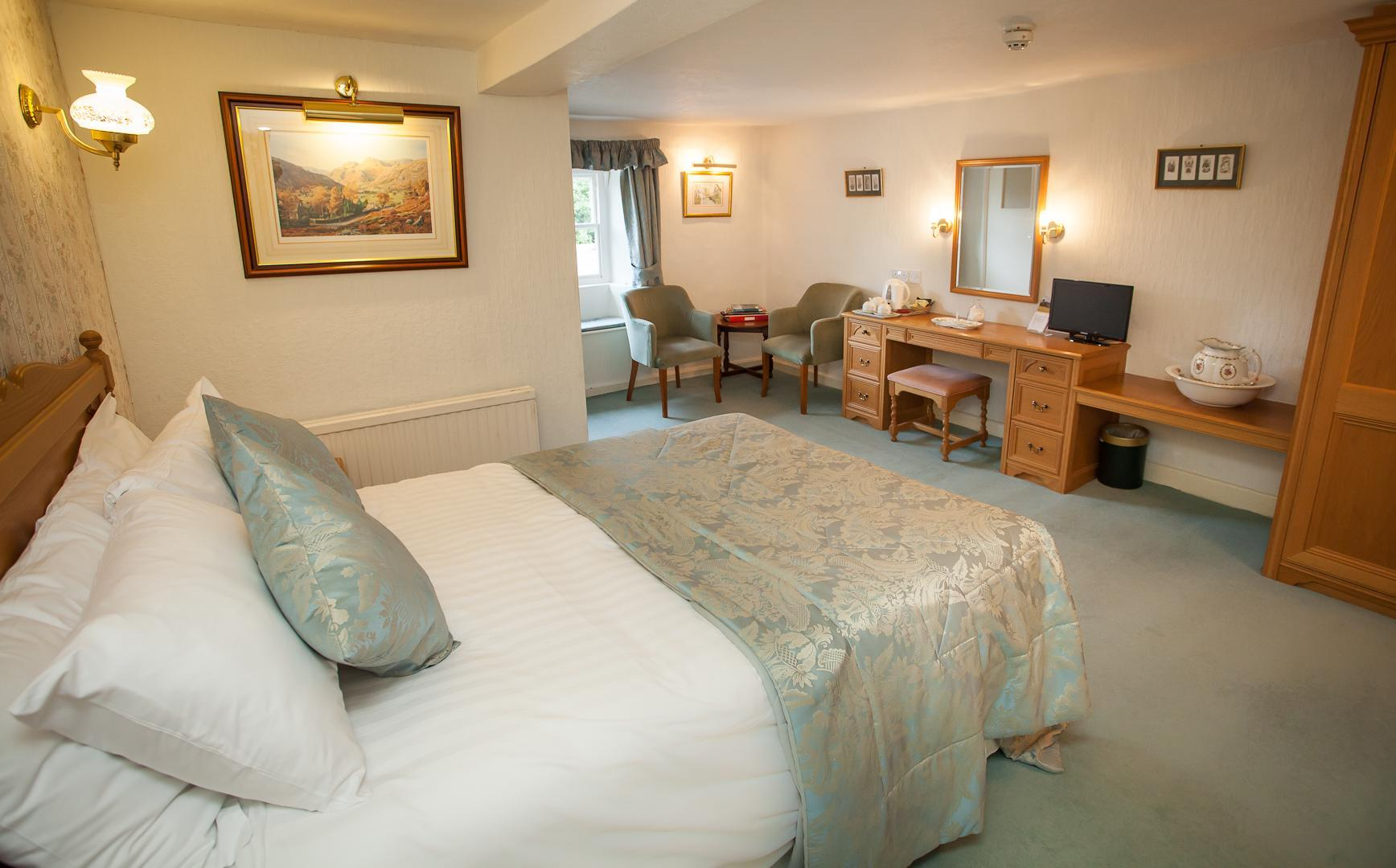 Double En Suite Room including Breakfast