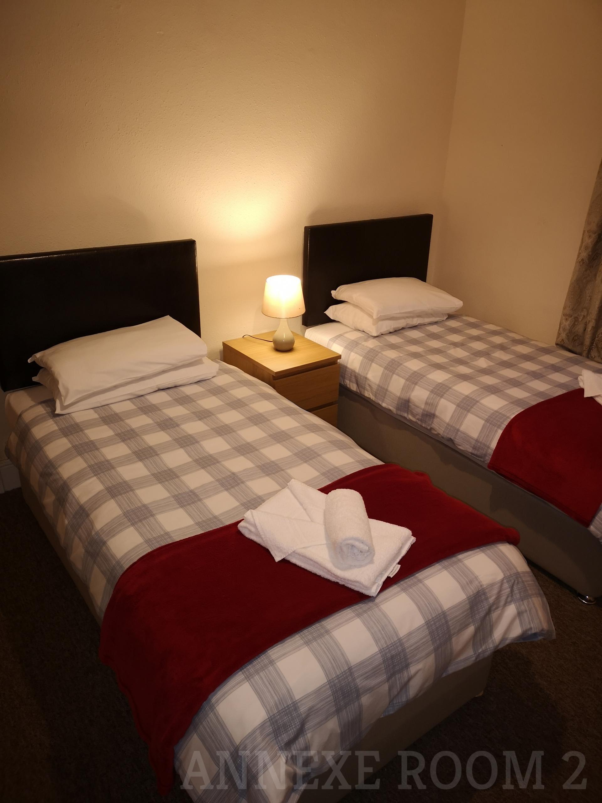 Twin Basic Room Annexe (inc. Continental Breakfast)