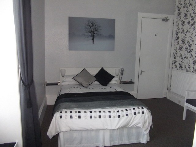 Deluxe Double En-suite Bath Room (inc. Breakfast)