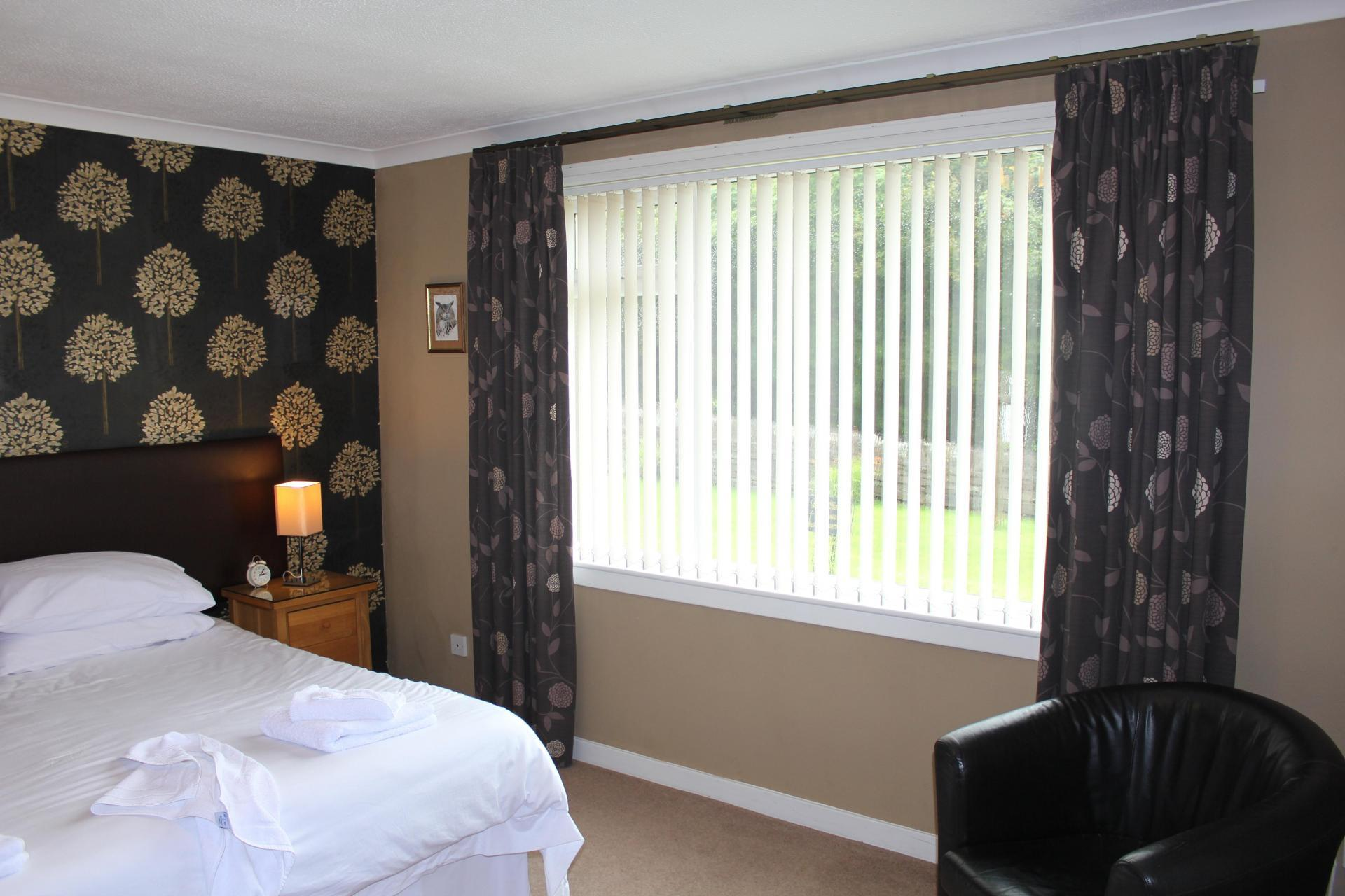 Twin/Double En-suite Room (inc Breakfast)
