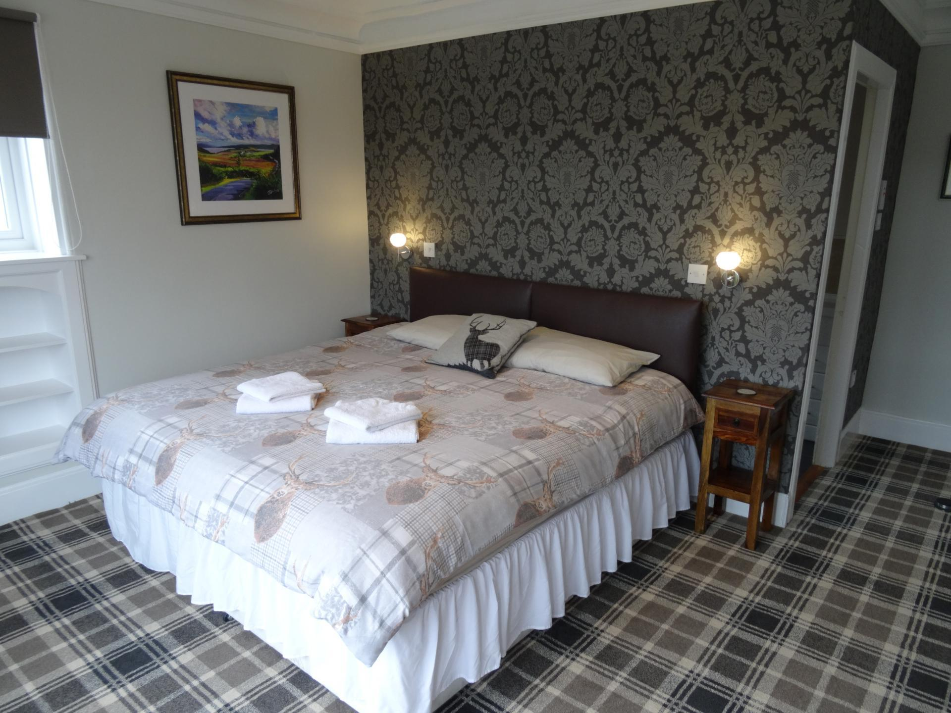 Deluxe Double or Twin En-suite Room (inc. Breakfast)