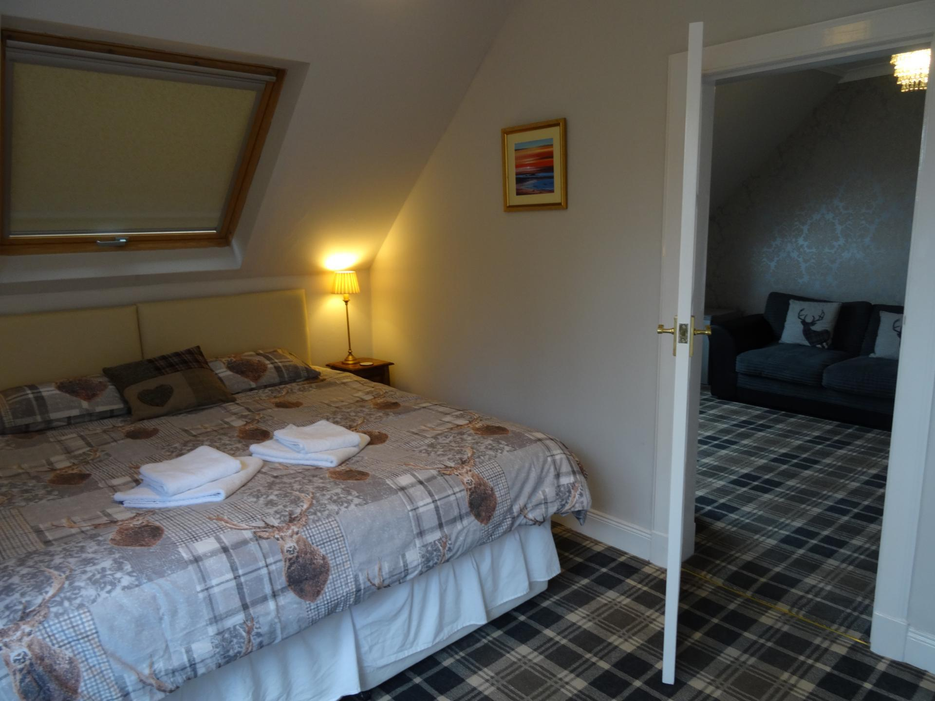 Superior Deluxe Single En-Suite (inc. Breakfast)