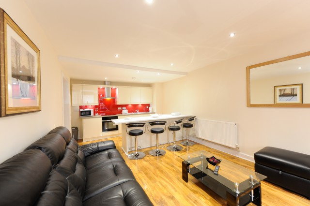 2 Bed Apartment Caledonian Suite A
