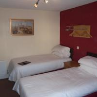 Triple Ensuite Room (inc. Breakfast)