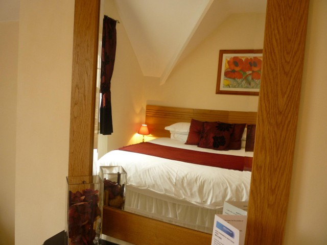 Super-king Double En-suite Room (inc. Breakfast)