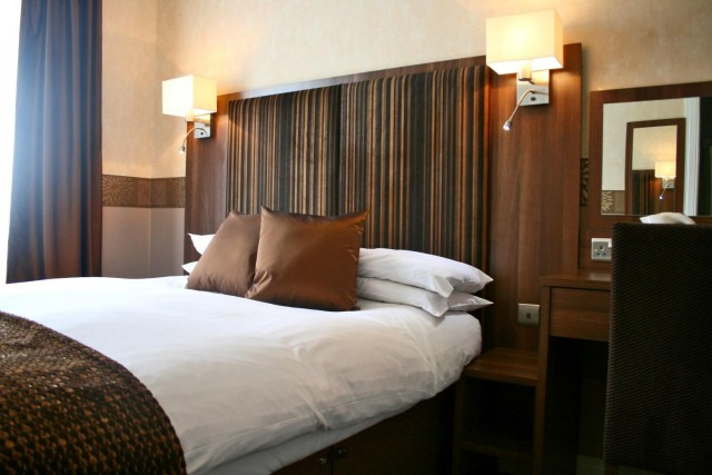 Standard Double En-suite Room