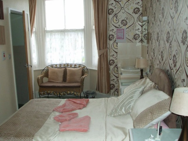 Family En-suite Room 4(incl breakfast)