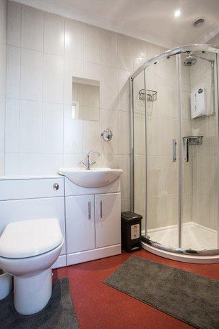 Ark Royal - Kingsize En Suite Shower Room Ground Floor(room Only)