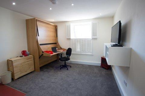 Cutty Sark - Kingsize En-suite Room Ground Floor (wheelchair friendly) (room Only)