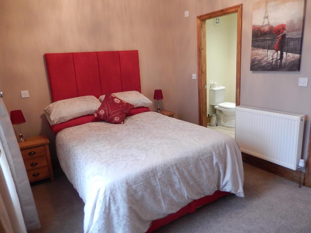 Double Suite With En Suite 2nd Floor (includes Breakfast)