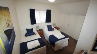 TwinEn-Suite Room