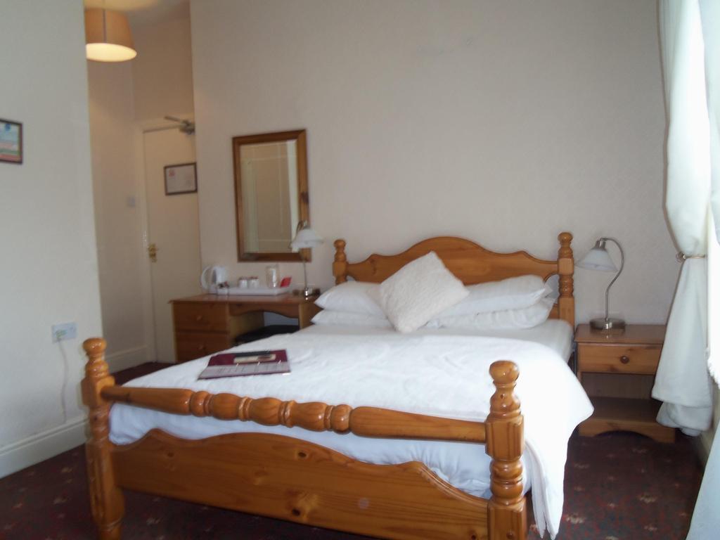 Double En-suite Room (inc. Breakfast And Dinner