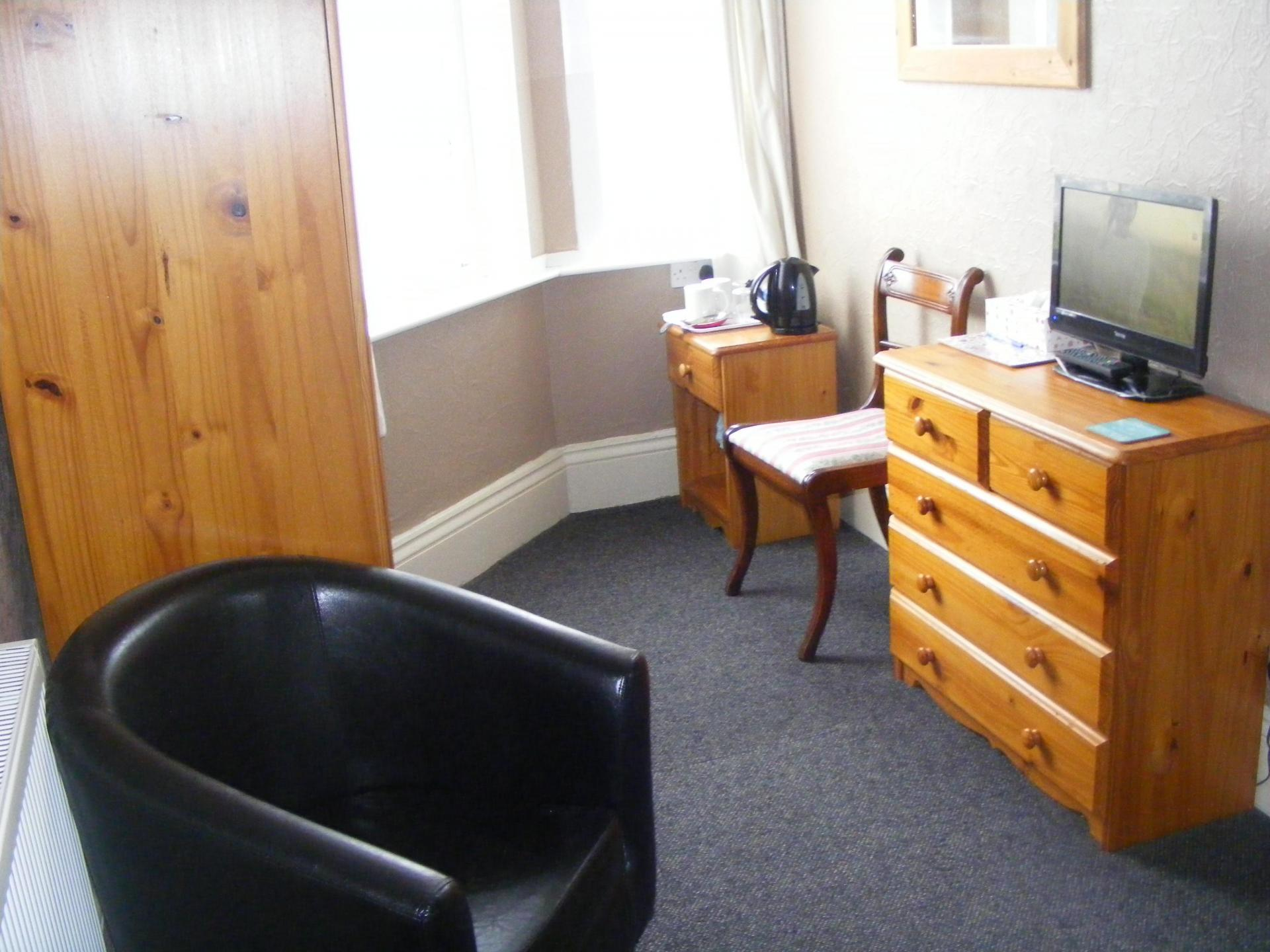 Double room with en-suite (Room Only)
