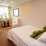 Major Dick Hern - Single Ensuite Room (Inc. Breakfast - Non Refundable)