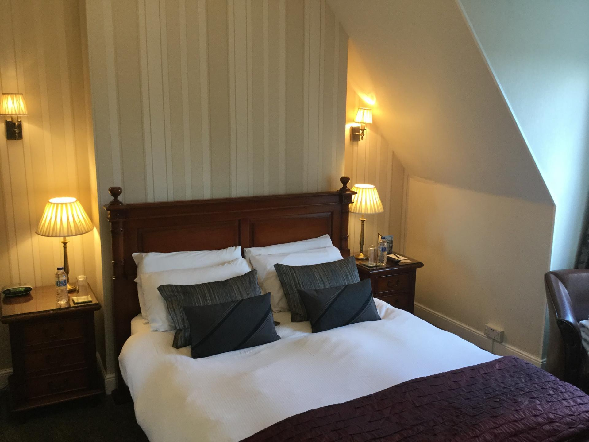 Superior Double Room - En-suite Room - Inc. Breakfast