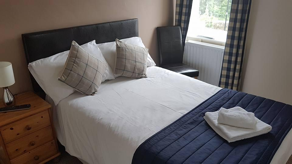Single/- 3/4 size Bed En-suite Room