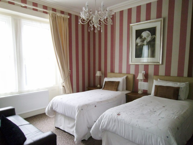 Room 1 - Bed & Breakfast Twin Beds, Double occupancy