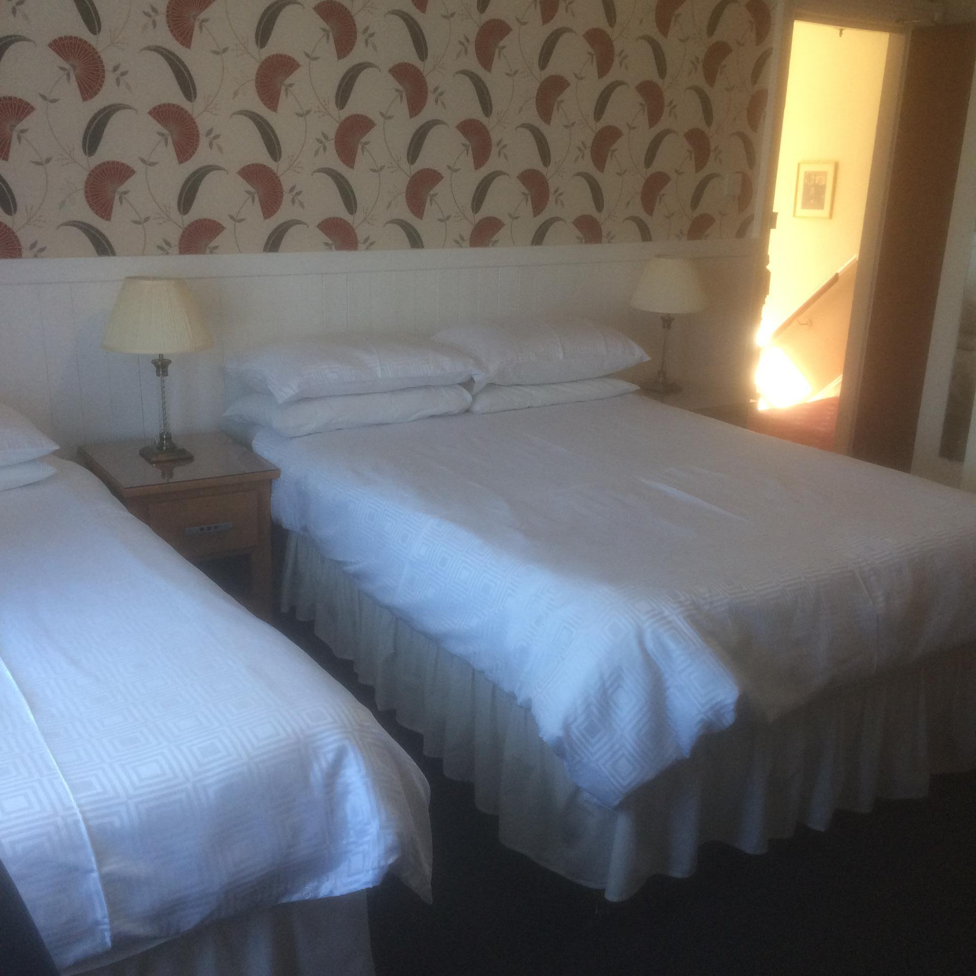 Twin En-suite Room 2 Adults Including Breakfast