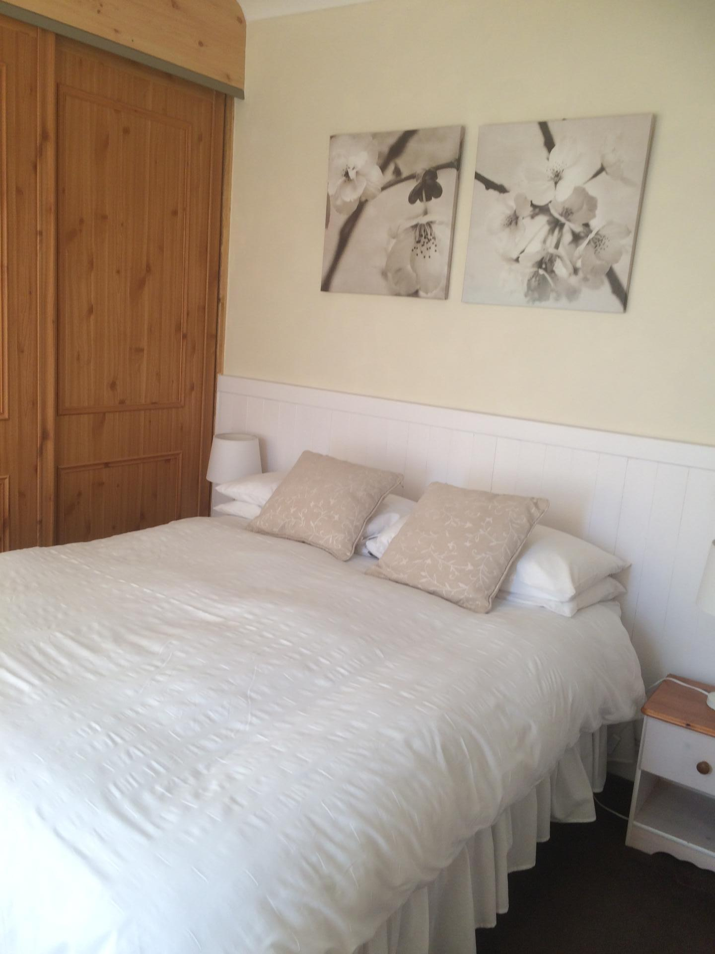 Double En-suite Room 1 Adult including Breakfast
