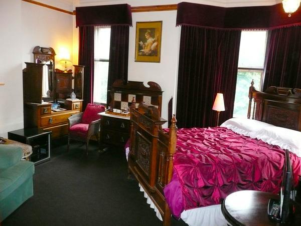 The Blue Room - Not En-Suite. Double Room With Private Shower. 1st Floor. Max. 2 People