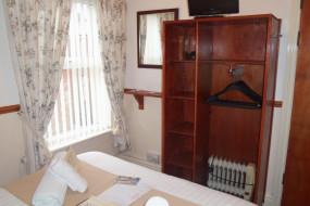 Photo of Lynbar Hotel