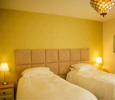 Classic Twin Room - En Suite *(Single occupancy) (inc. Breakfast)