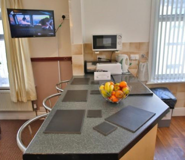 *Apartment 3 - First Floor, Family, Rear-facing, En-suite Apartment (self-catering)