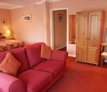 Superior family En-suite Room (inc. Breakfast)