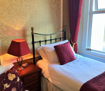 Room 4 - Single Room En-Suite (inc. Breakfast)