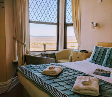 1st floor Sea View Premium Double En-suite (inc Breakfast)
