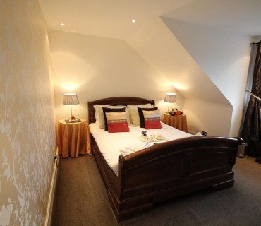 King room with en-suite