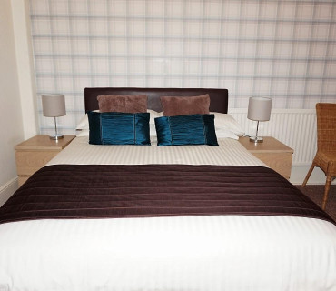 Small Double Room With En-suite And Sea Views (incl Breakfast)