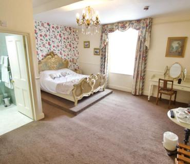 William Hazeldine Double En-suite Room (inc. Breakfast)