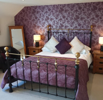 ChesebroughKing En-suite Room (inc. Breakfast)