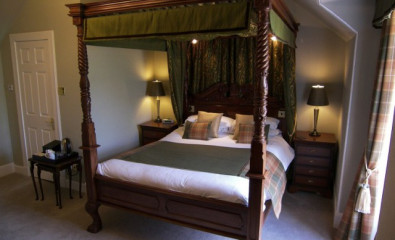 Luxurious Loch View Suite, Four Poster King Size, En-suite (incl Breakfast)
