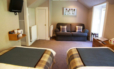 Twin En-suite Room ( 2 single beds)