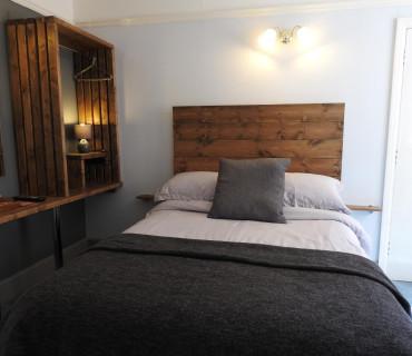 Economy Double En-suite Room (inc. Breakfast)