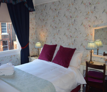 Double Ensuite Room Only