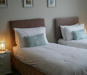 Room 4 - Twin En-suite (inc. Breakfast)