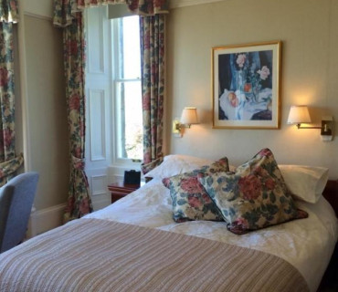 Tannochbrae - Double En-suite Room with Breakfast