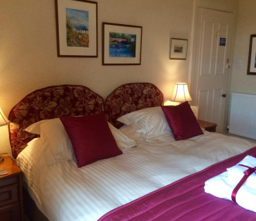 Finlay - Double or Twin En-suite Room with Breakfast