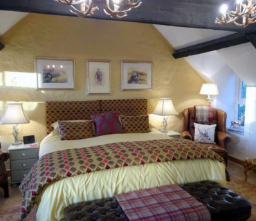Deluxe Double Single En-suite Room (inc. Breakfast)