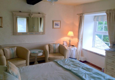 Standard Double with Double Aspect Garden View En-suite Room (inc. Breakfast)