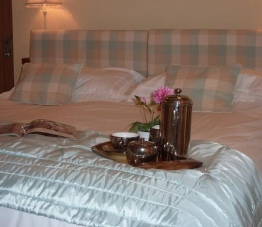 Standard Double as a Single En-suite Room (inc. Breakfast)