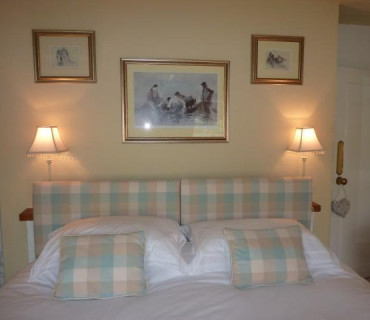 Standard Double as a Single En-suite Room (inc. Breakfast)