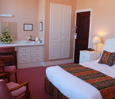 Standard Double Room - Price Includes Dinner, Bed And Breakfast