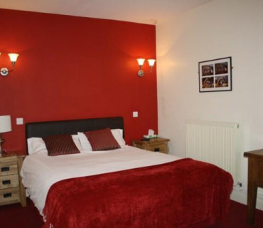 Room Only - FLEXIBLE Cosy Room