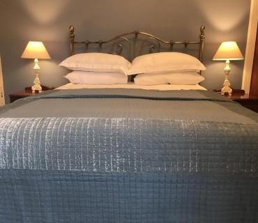 The Bluebell Room - King size En-suite Room