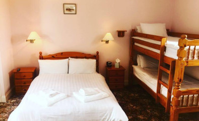 Twin En-suite Room (inc. Breakfast)